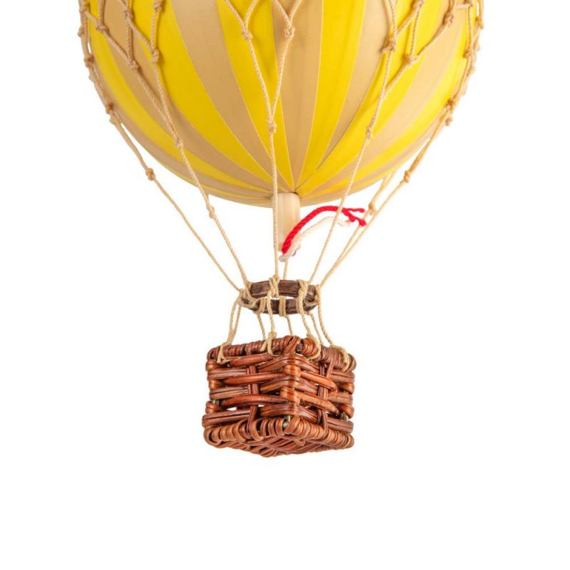 Floating The Skies, True Yellow