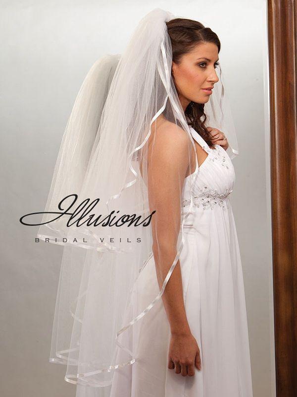 Illusions Bridal Ribbon Edge Veil S1-452-3R: Rhinestone Accent