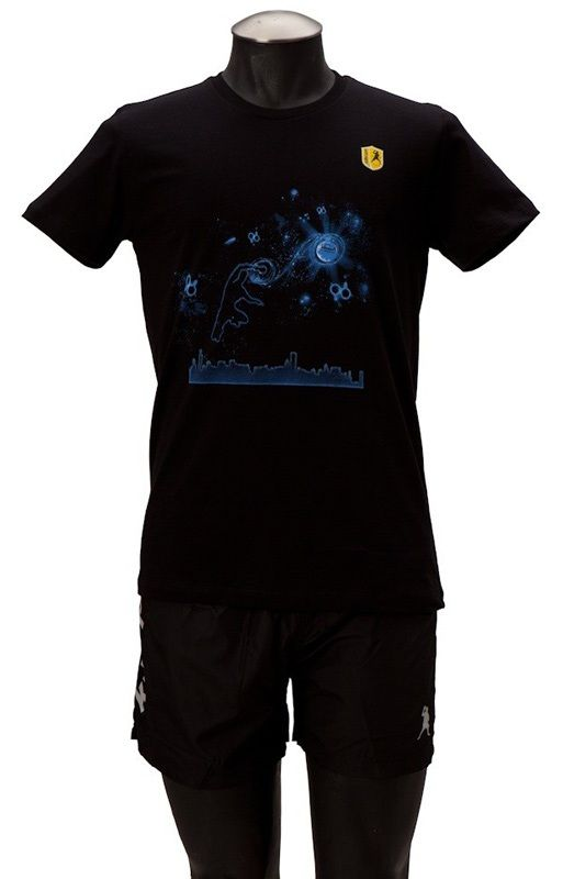 Killerspin Man in the Stars Shirt: Youth, Medium