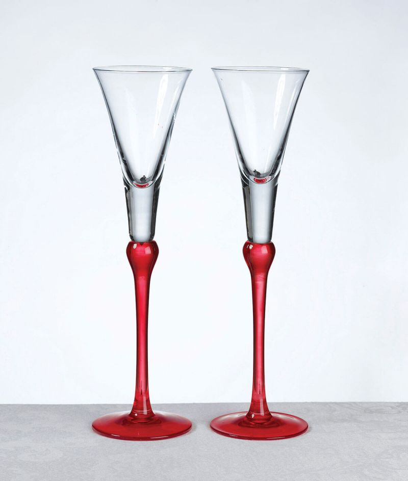 Set Of 2 Tall Red Flutes