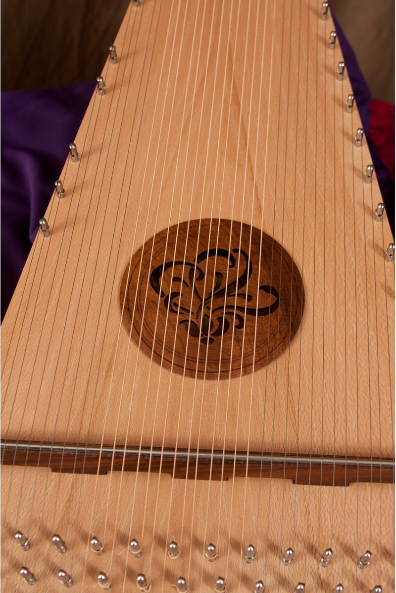 Roosebeck Baritone Rounded Psaltery Right-Handed