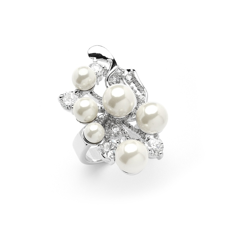 1/2 Off! Cz Cocktail Ring With Ivory Pearl Bubbles
