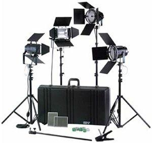 Smith-Victor K76/401422 4000-watt Professional Studio Kit